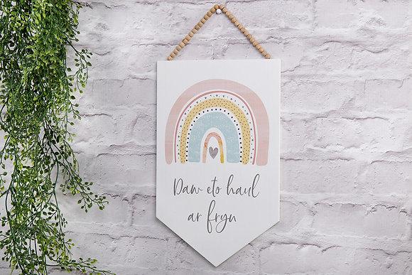Welsh Rainbow Penant - Daw eto haul ar fyn