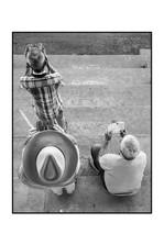 Le cowboy et les jumelles (hippodrome de Nantes).jpg