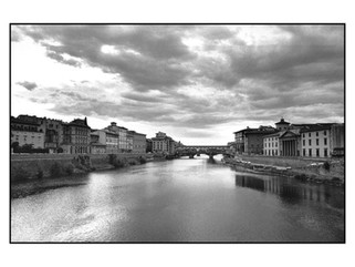 Vue du ponte alle grazie (Florence).jpg