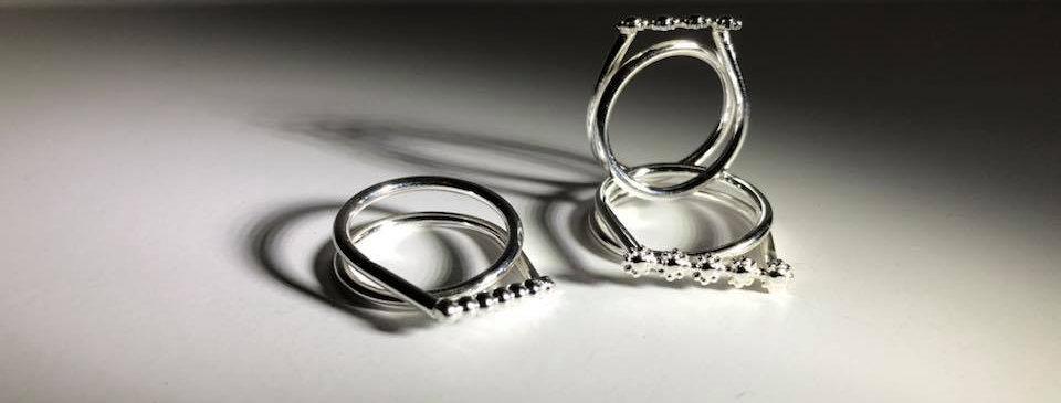 Binus, ring