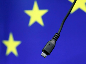 EU Wants All Devices To Adopt USB-C Charging Ports in a Bid To Reduce E-Waste