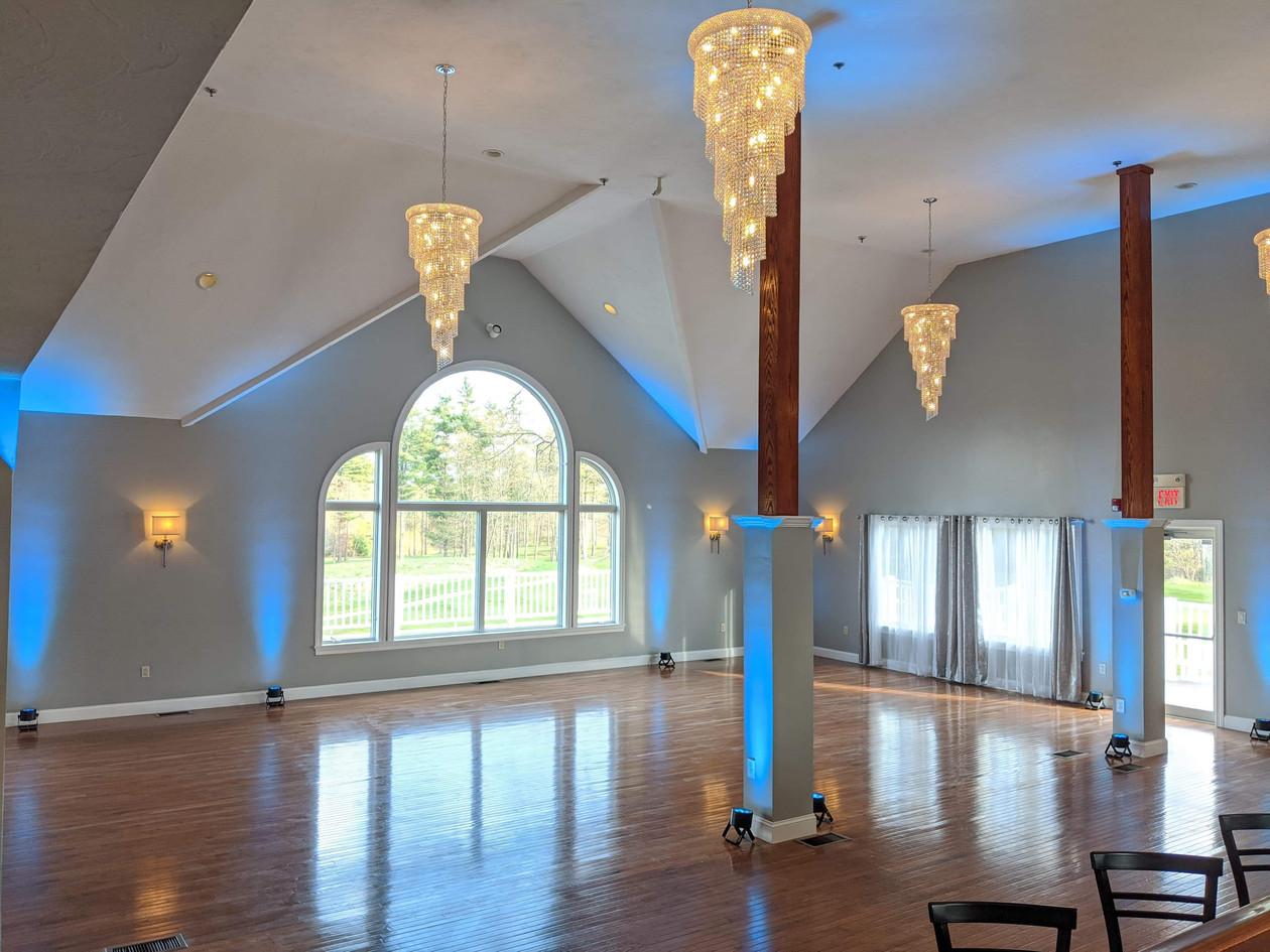 Full Room with Uplighting