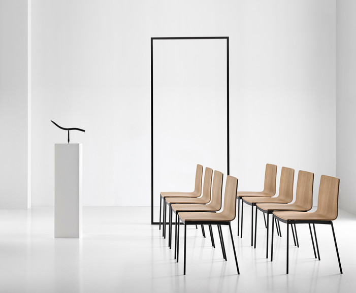 Punt Tyris Chairs