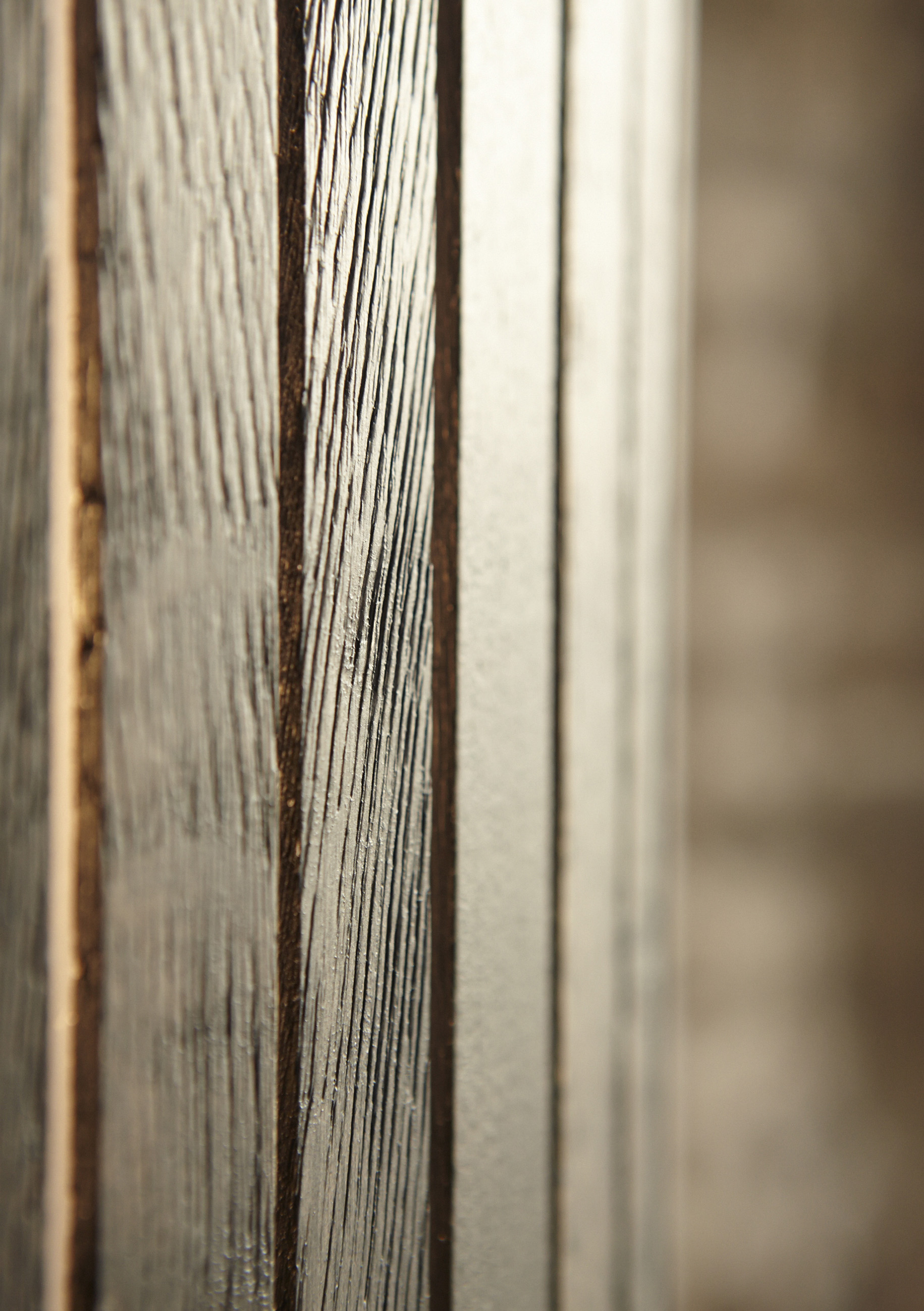 Fambuena Luz Oculta Wood Details