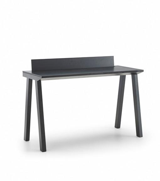 Punt Ernest Desk