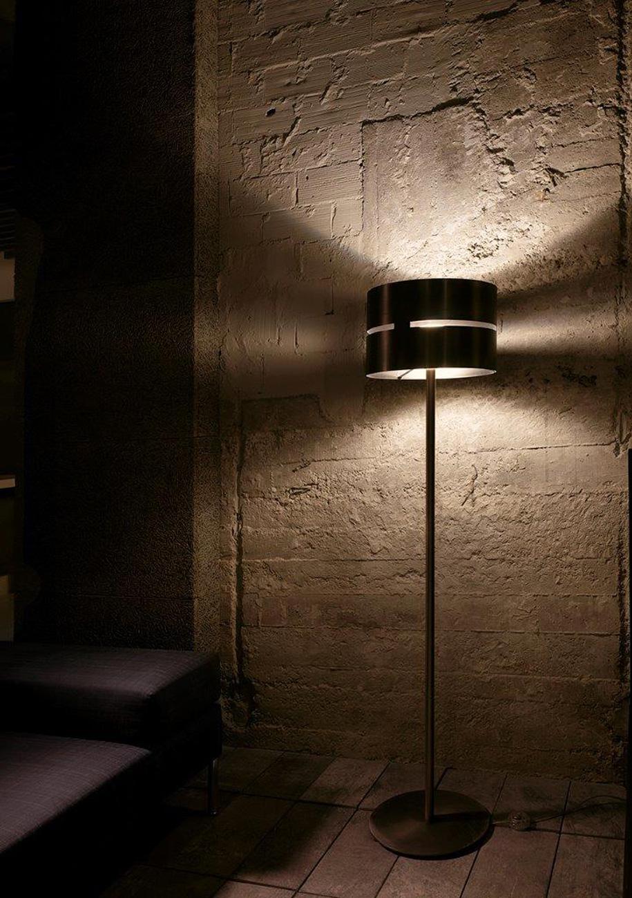 Fambuena Luz Oculta Metal Floor Lamp