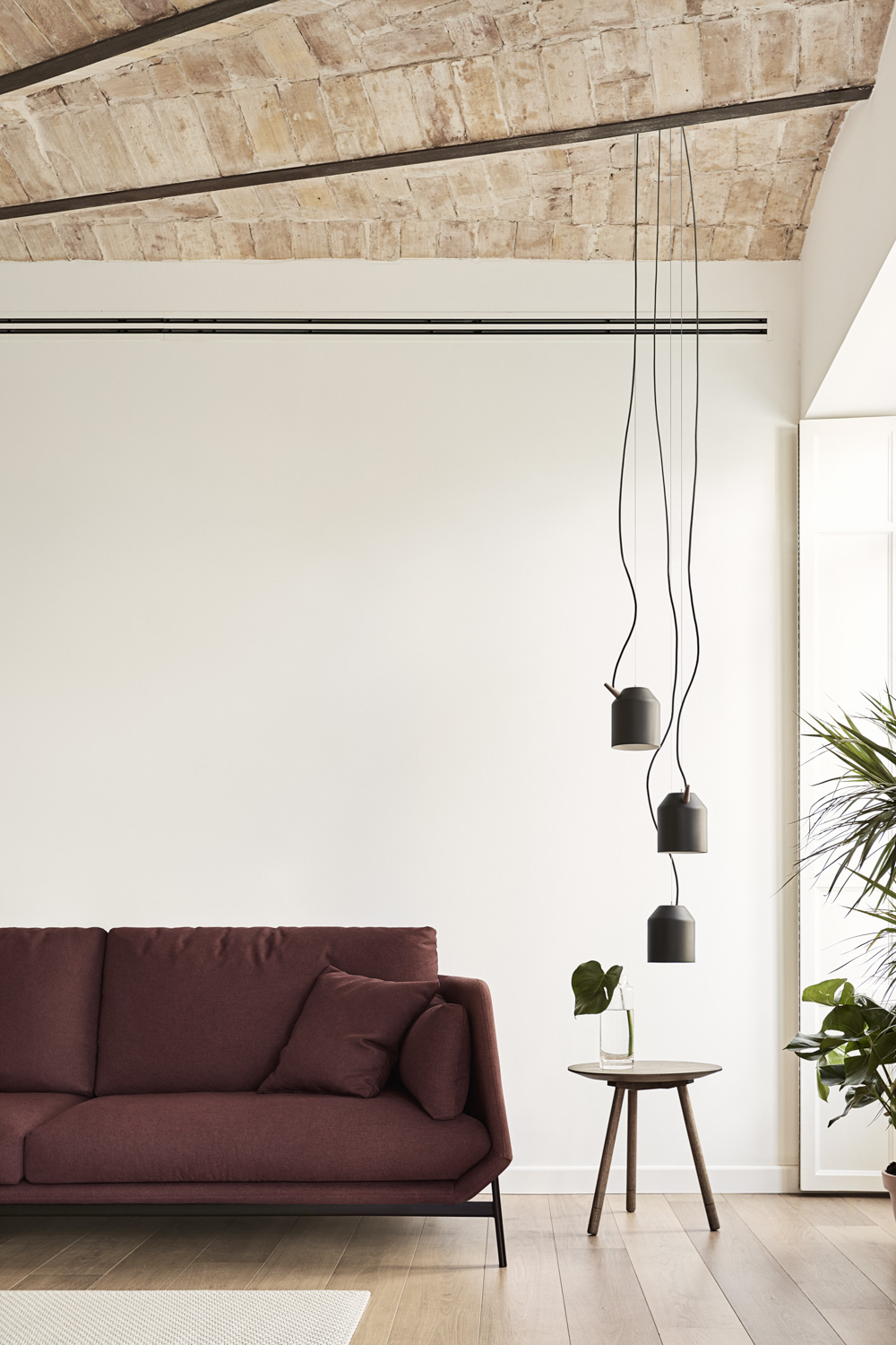 Omelette Editions Reeno Chandelier