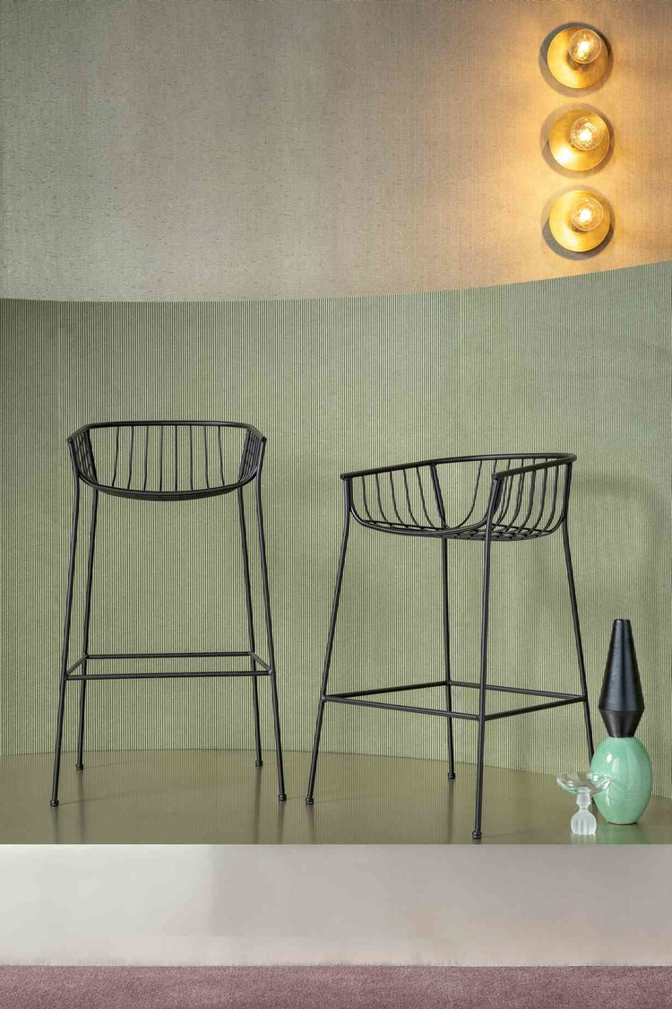 SP01 Jeanette Stools