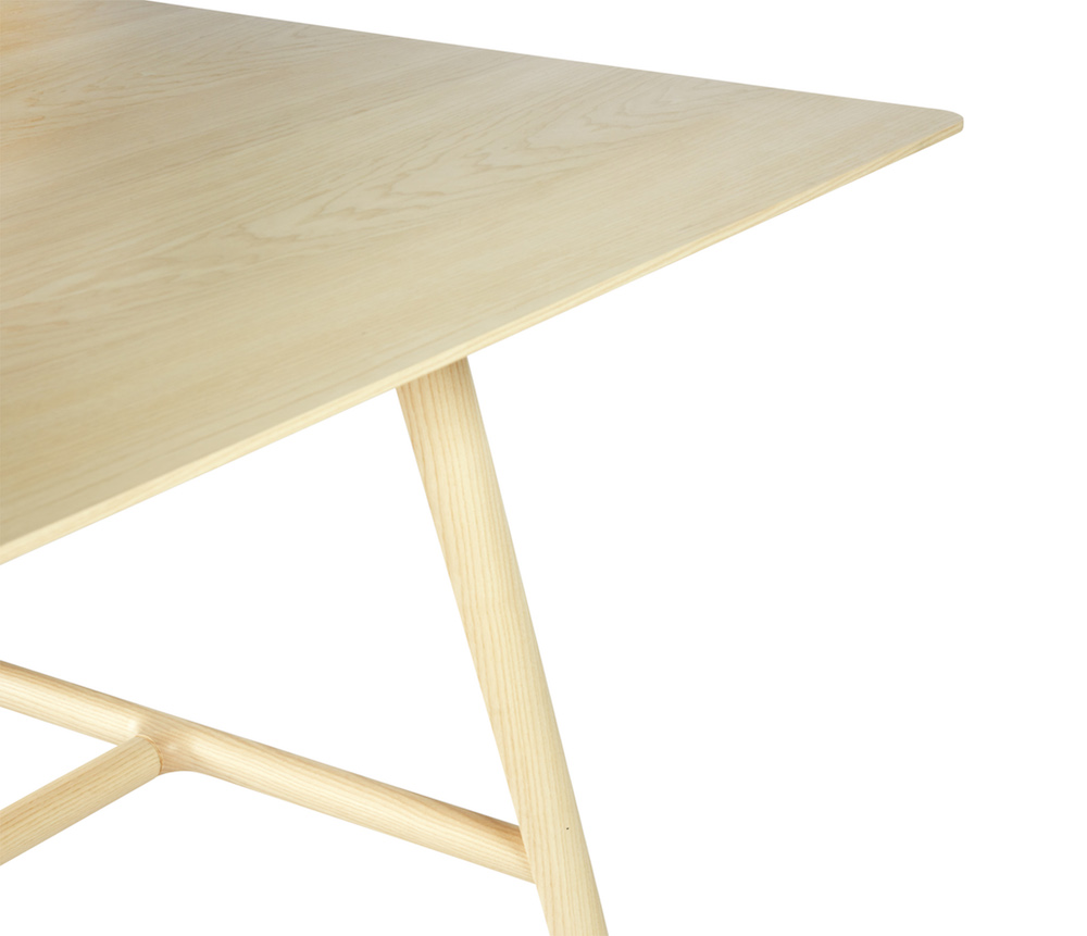 SP01 Holland Table