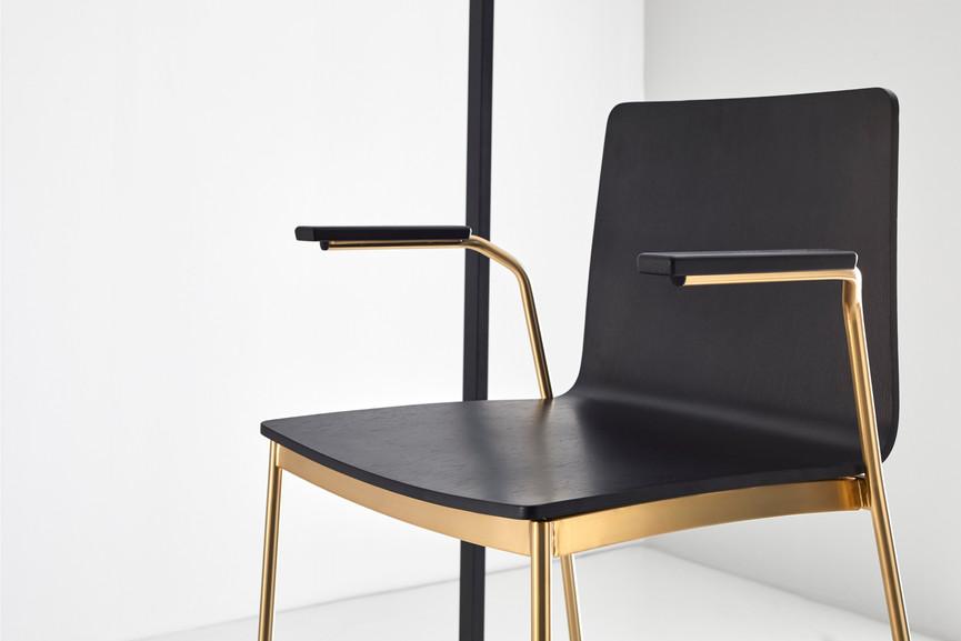 Punt Tyris Chair