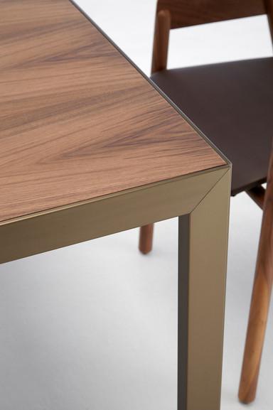 Punt Denia Table