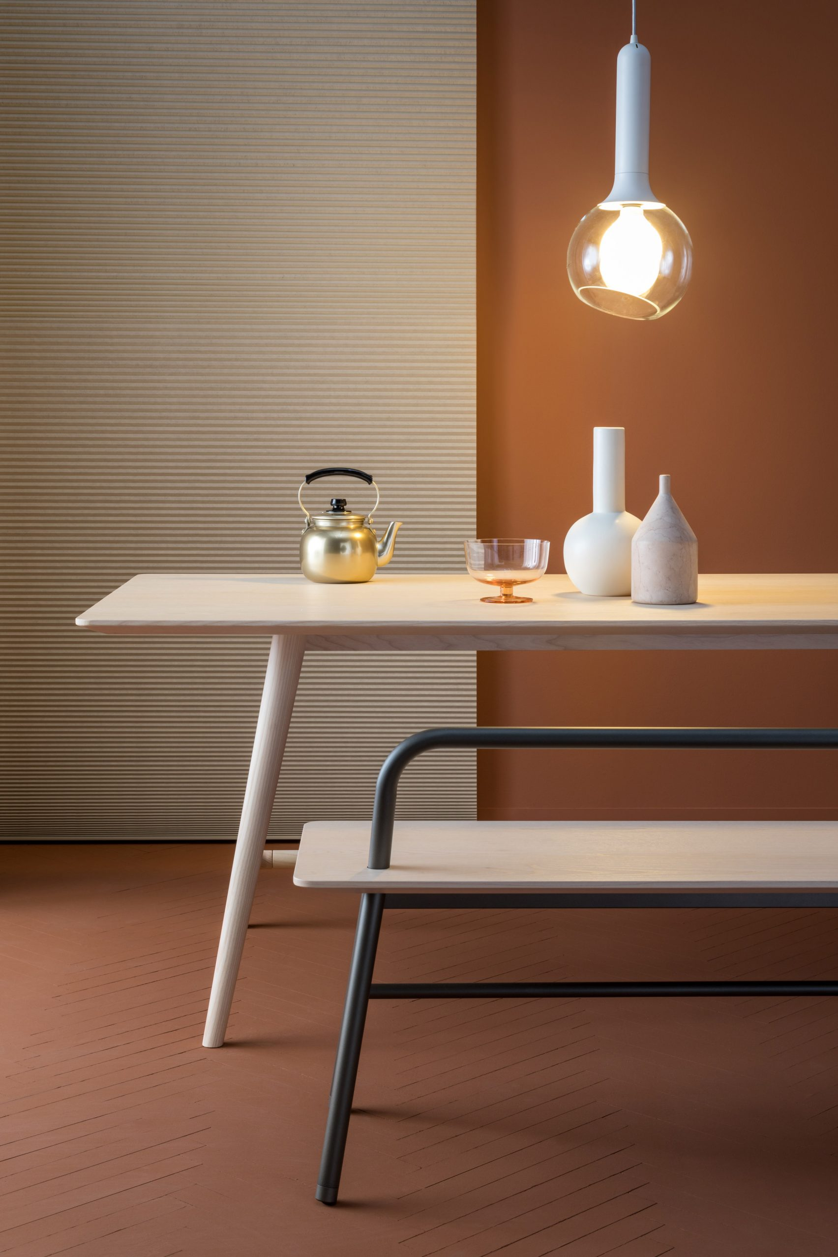 SP01 Holland Bench with backrest