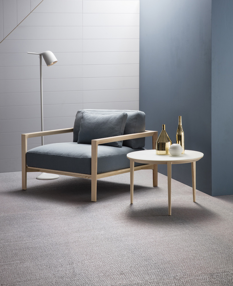 SP01 Ling Armchair