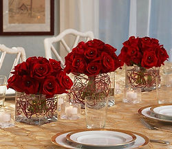 TableScape Red roses x3 XE.jpg