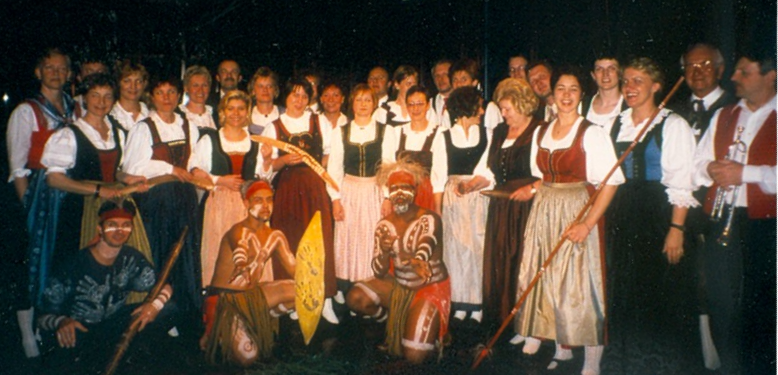 Chor Australien Gruppe_edited.png