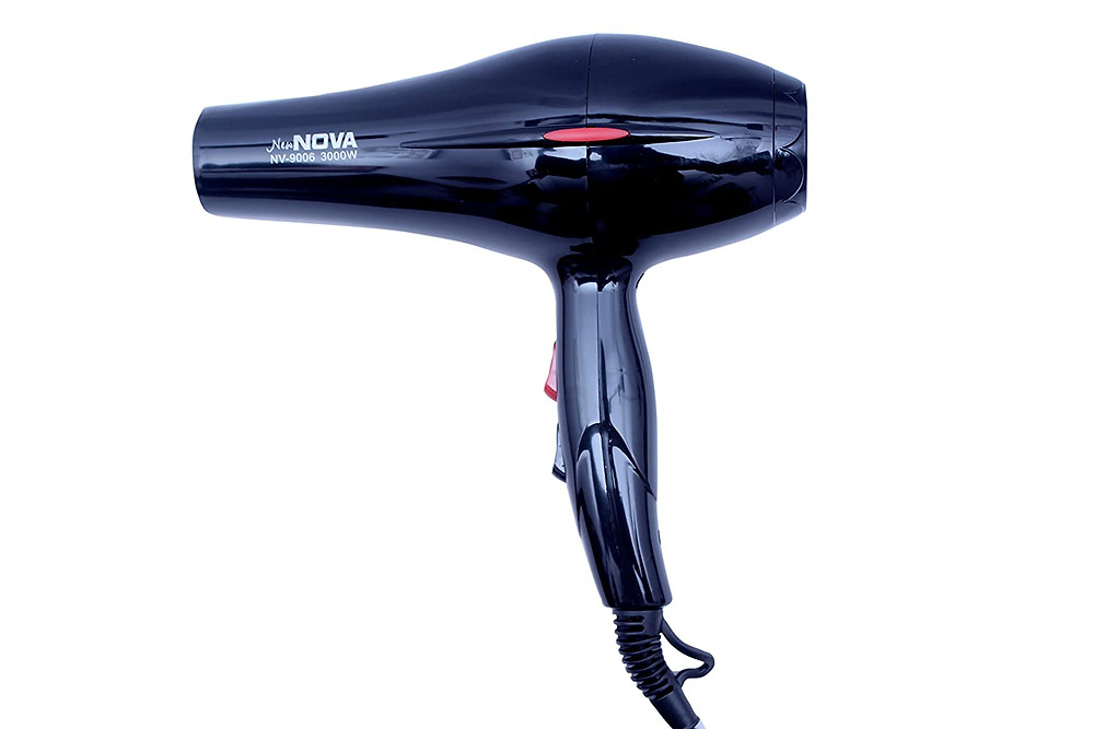 Hair dryer to make hairs dry