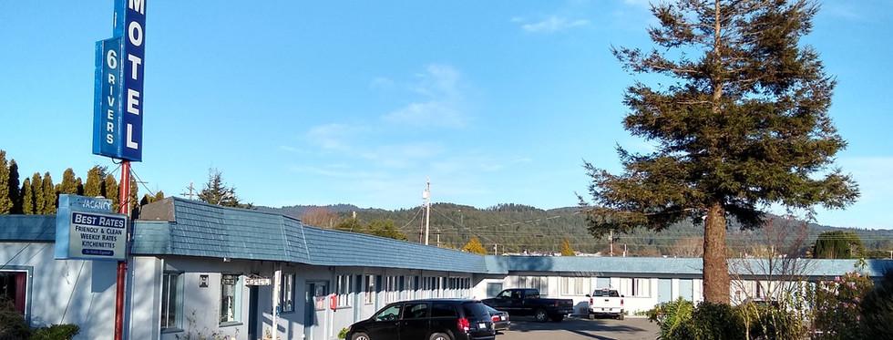 6 Rivers Motel