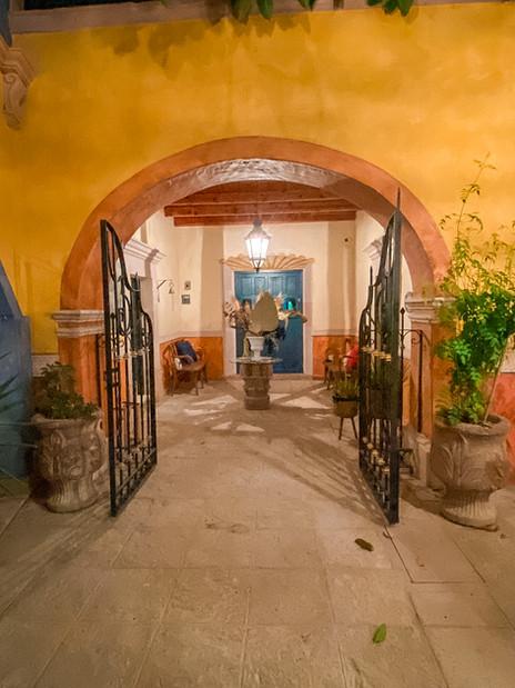 Lobby Hotel Santo Cuervo (8).jpg
