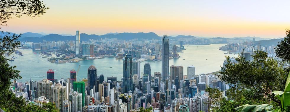 Hong-Kong-at-Sunrise.-Photo-by-Daxis.jpg
