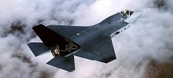 Lockheed_F-35-Joint-Strike-Fighter-PUBLI