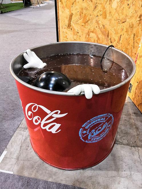 Mickey dans le Coca-Cola  by RICE