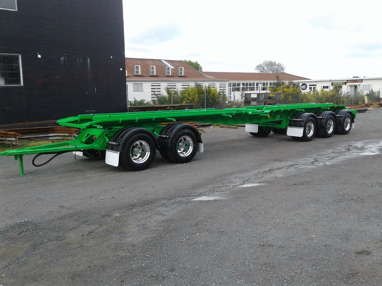 Smart Environmental 5 axle hookbin trailer