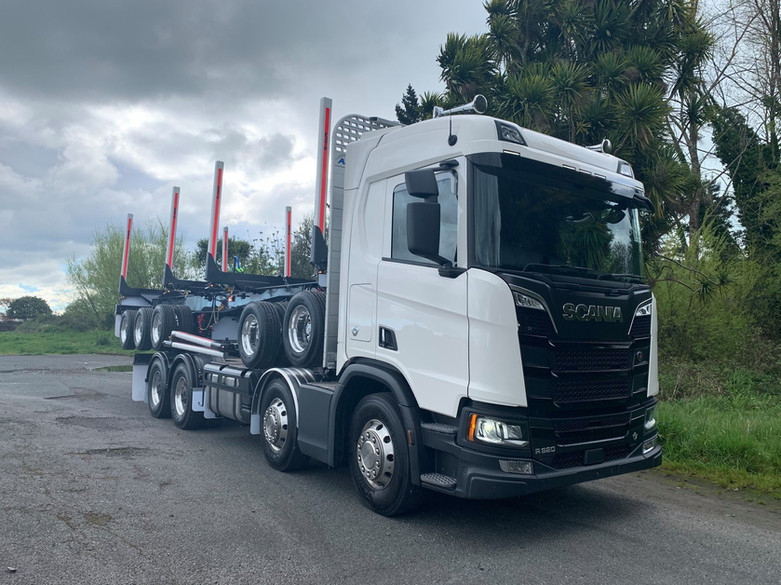 Scania & 5 axle trailer for Scania NZ