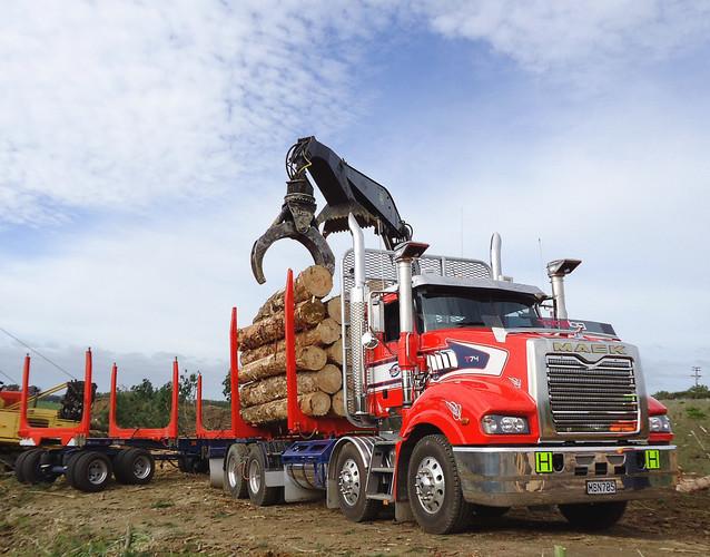 Total Log Haulage Mack & 5 axle trailer