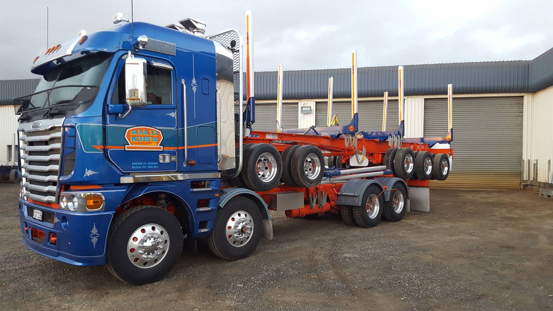 Freightliner Argosy& 5 axle trailer for M.A Picard
