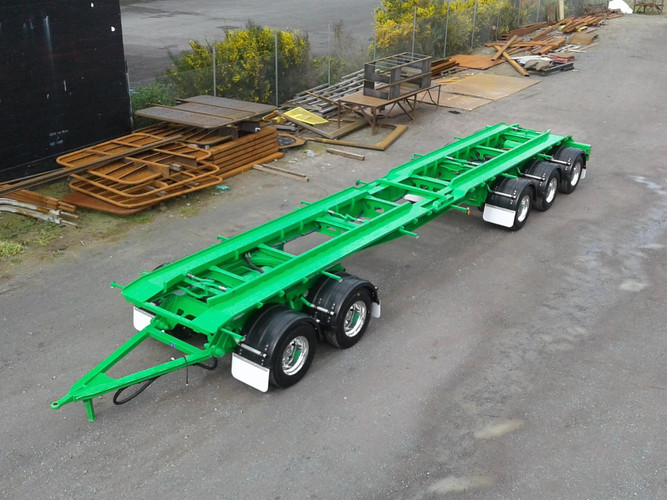 Smart Environmental 5 axle hookbin trailer