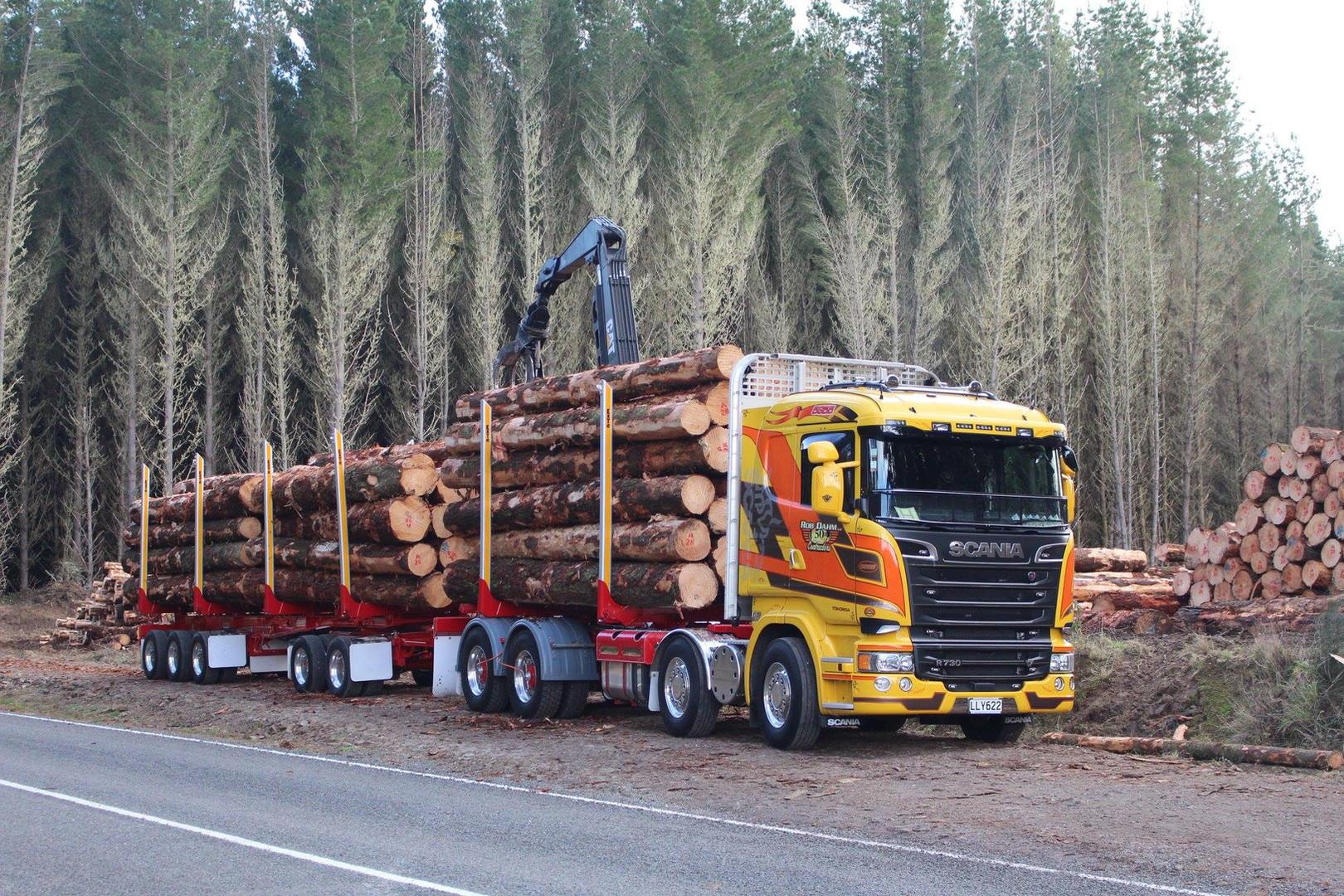 Rob Dahm Scania & 5 axle trailer