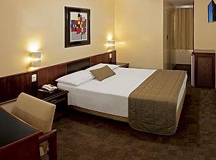 1. hotel.jpg