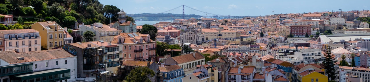 Graça & Mouraria Lisbon Free Tour