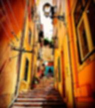 Escaleras en el barrio de la Mouraria