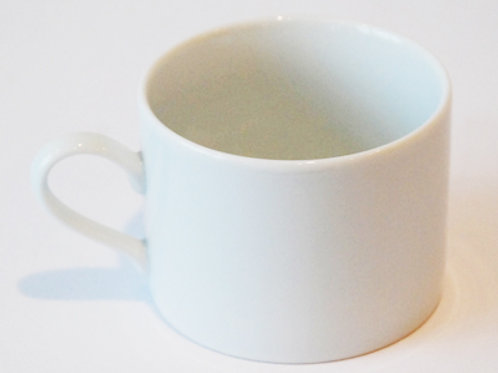 7 oz White Coffee Cup (Rented 16 to a Flat)