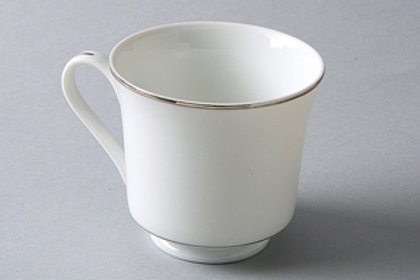 8 oz Coffee Cup White with Silver Rim (Rented 16 to a Flat)