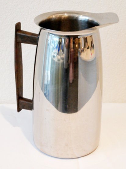 Stainless water pitcher