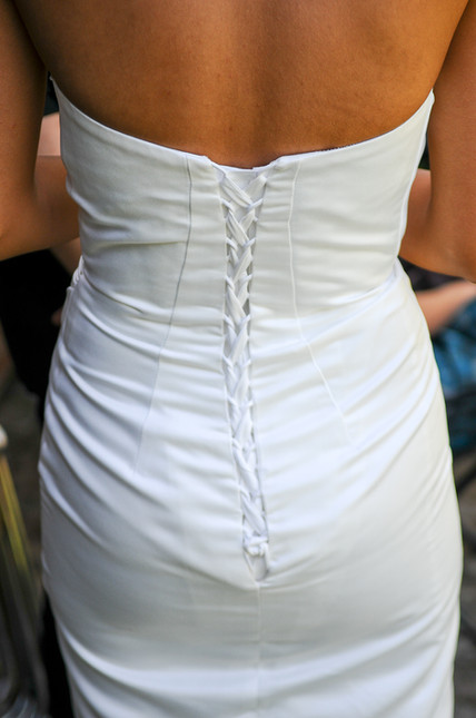 Bruidsjurk achterzijde huwelijk