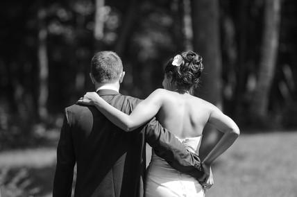 Bruidspaar achterzijde - Huwelijk