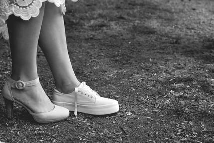 Wissel van de schoenen bruid