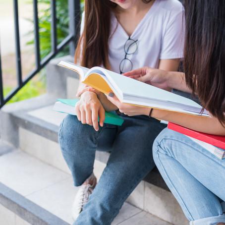 В какое количество университетов правильно подавать заявку на учебу?