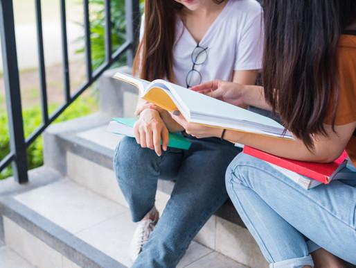 시험불안: «지칠 때까지 공부하는 것은 역효과를 낸다»