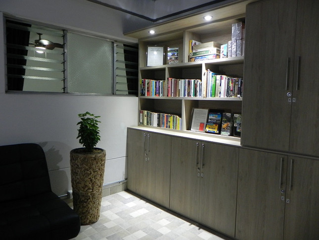 Hostal Tamarindo Book Exchange