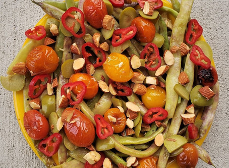 Dragon Tongue Beans with Cherry Tomatoes and Olives