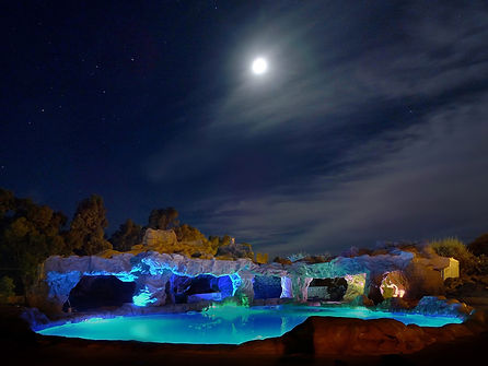 roccia-artificale-by-night-2120.jpg