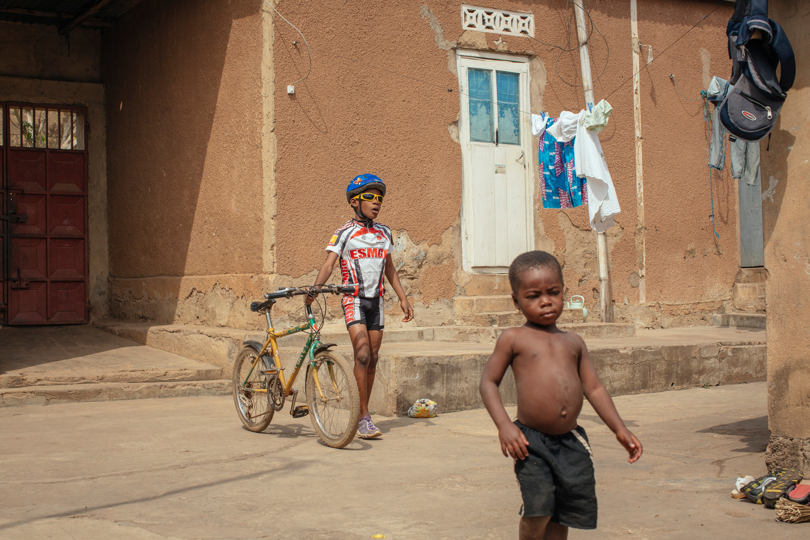 0062_Togo_KpaliméCyclingProject_20151220