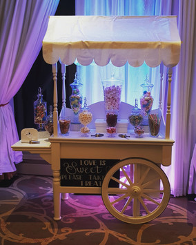 Candy Carts with illuminated effects to match your decor