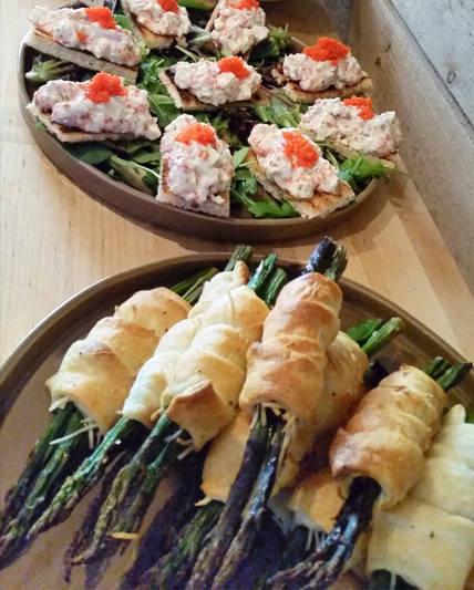 Här är ett litet exempel på vad vi kan erbjuda vid arrangemang hos oss eller via catering.