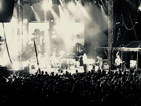 Counting Crows and Live Take Stir Concert Cove on a Time Warp