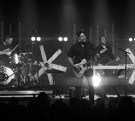 Jimmy Eat World Shines at the Bourbon
